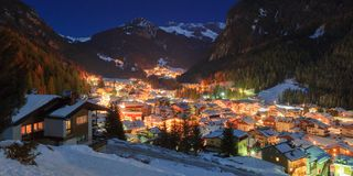 Winter landscape of village in the mountains Stock Photography