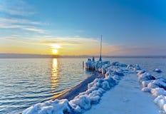 Winter-Landschaft am Sonnenaufgang Lizenzfreie Stockfotos
