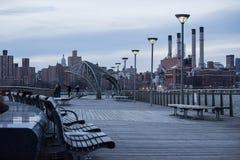 2017-Winter-Landschafts-EInansicht von Manhattan von Brooklyn Stockbild