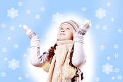 Winter-Mädchenschneeflocken-Blauhintergrund lizenzfreie stockfotografie