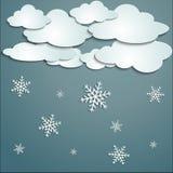 Winter mit weißen Wolken Lizenzfreies Stockbild
