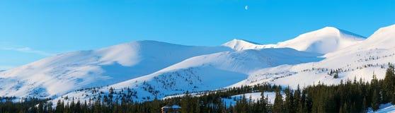 Winter morning mountain panorama Royalty Free Stock Photos