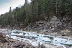 Winter mountain river Royalty Free Stock Photos