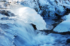 A winter mountain river Royalty Free Stock Photos