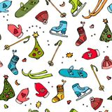 Winter-nahtloses Muster der Sport-Ausrüstung - Hut, Himmel, Handschuhe, laufend, Hockey, Weihnachtsbaum eis Auch im corel abgehob Lizenzfreie Stockfotos