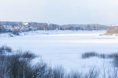 Winter Oka-Fluss nahe Tarusa Stockbilder