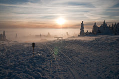 Winter am Orlicke Hügel - später Nachmittag lizenzfreies stockfoto