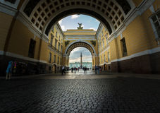 Winter Palace and Alexander Column through the Arch of General S Stock Photos