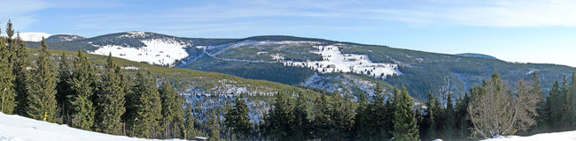 Winter panoramic view of giant mountains Royalty Free Stock Images