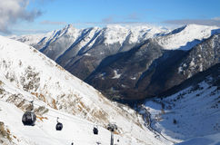 Winter Pyrenees with a gondola lift Royalty Free Stock Images