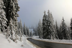Winter road in the mountains Royalty Free Stock Photography
