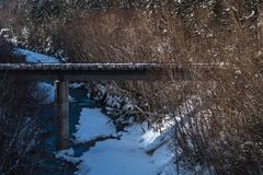 Winter ` s Brücke von Shirahige bei Biei, Hokkaido stockbild