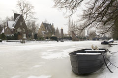 Winter scene in villa district in Amsterdam Royalty Free Stock Photos