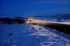 Winter-Schnee-und Auto-Szene HDR Stockfoto