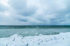 Winter sea coast Royalty Free Stock Images