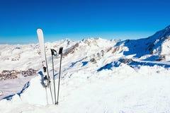 Free Winter Ski Resort In Alps Mountains. Ski Equipment In The Snow Stock Photo - 195993530