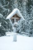 Snowy Crucifix Royalty Free Stock Images
