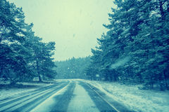 Winter snowy road Royalty Free Stock Photos