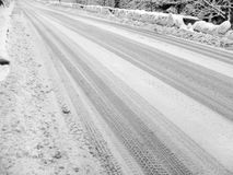 Winter, snowy road Royalty Free Stock Photos