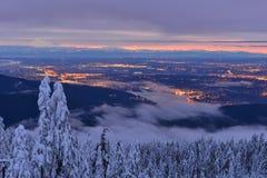 Winter-Sonnenaufgang Mt Seymour lizenzfreie stockfotos