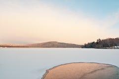 Winter-Sonnenaufgang am SeeAkan, Hokkaido, Japan Lizenzfreies Stockfoto