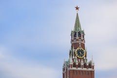 Winter-Sonnenuntergang Roter Platz des Spasskaya-Turm-Kremls Moskau Lizenzfreie Stockfotografie