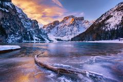 Free Winter Sunrise Over Lago Di Braies, Dolomites, Italy Stock Image - 104485061
