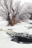 Winter szenisch vom Fluss Krynka, Donetsk-Region, Ukraine Stockbilder