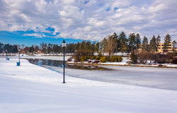 Winter view of Kiwanis Lake, in York, Pennsylvania. stock photography