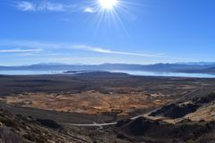 Winter vista of Mono Lake in the eastern Sierra Nevadas royalty free stock photography