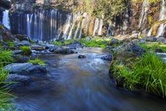 Winter von Shiraito-Wasserfall in den südwestlichen Vorbergen vom Fujisan, Shizuoka, Japan Stockfotografie