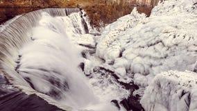 Winter-Wasser-Fälle, Yantic-Fälle, Norwich CT Lizenzfreies Stockfoto