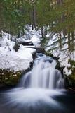 Winter-Wasserfall Lizenzfreies Stockbild