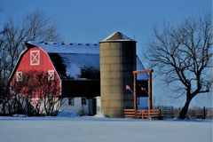Winter Wisconsin barn royalty free stock photography