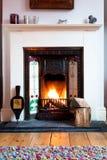 Winter-Wohnzimmer-Feuer Stockbild