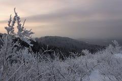 Winterabnahme des Berges von Baschkirien stockfoto