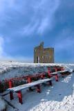 Winterbahn ballybunion Schloss-Rotbänke Stockfotografie