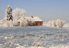 Winterbauernhof lizenzfreies stockbild
