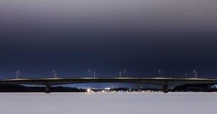 Winterbrücke lizenzfreie stockfotos