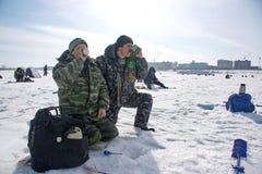 Winterfischen Lizenzfreie Stockfotografie