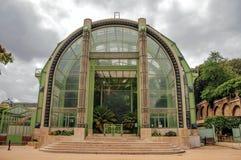 Wintergartenfassade, ein Deco-Gewächshaus für nicht eingeborene Anlagen im Garten von Anlagen in Paris lizenzfreies stockfoto