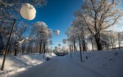 Wintergasse, einfrierende Kälte Stockfotos