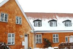 Winterhaus stockfotos