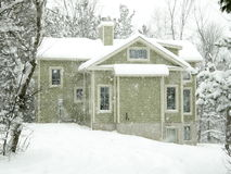 Winterhaus Stockfotografie
