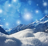 Winterhintergrund mit Schneebeschaffenheit Lizenzfreie Stockfotos