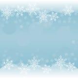 Winterhintergrund mit Schneeflocken Stockbild