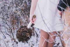 Winterhochzeitsblumenstrauß Stockbilder