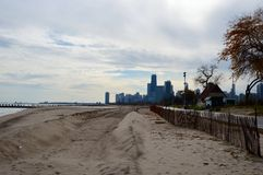 Winterized strand Arkivfoton