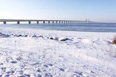 Winterkanal lizenzfreie stockfotografie