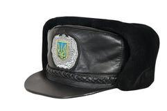 Winterkappe des ukrainischen Polizeibeamten Stockfotos